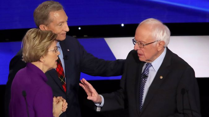 Elizabeth Warren and Bernie Sanders (Photo / CNN)