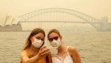 Australian tourism industry seeks urgent help as cost of bush fires grows