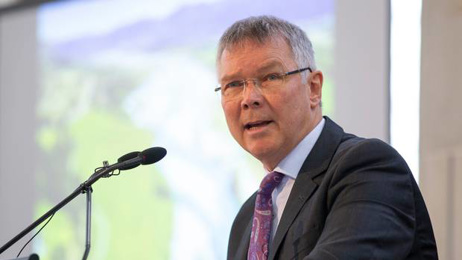 David Parker: Trade Minister heads to Davos for World Economic Forum