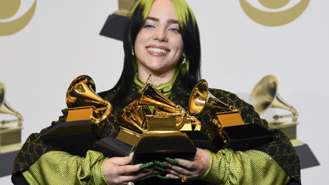 Billie Eilish shatters records at Grammy Awards