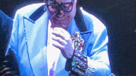 Elton John forced to leave stage at Auckland concert