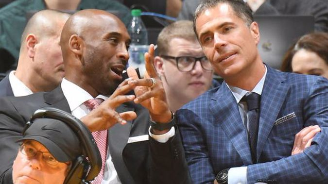 Kobe Bryant and Rob Pelinka in October 2018. (Photo / Getty)