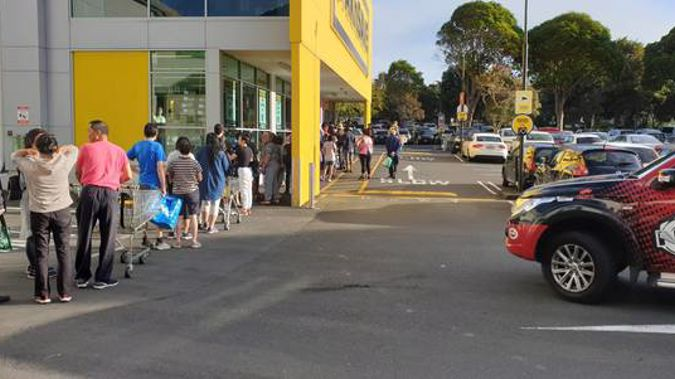 Lines are out the door at Pak'nSave at Royal Oak. (Photo / Supplied)