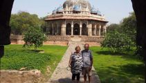 Bay of Plenty couple stranded in India now faced with hotel closure