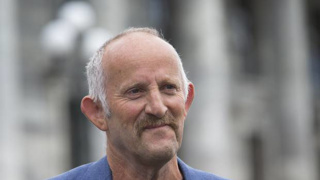 Gareth Morgan wants Government to focus on healthcare, not business