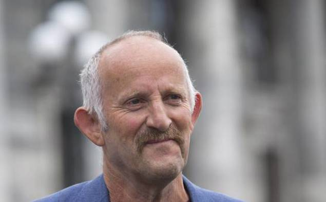 Gareth Morgan wants Government to focus on healthcare,...