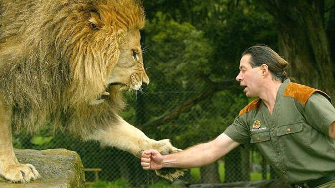 """Craig Busch was once the king of animal shows on reality TV. Now he is in South Africa and feeling """"distraght"""" at the plight of his former pride. (Photograph / Supplied)"""
