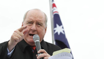 Australian broadcaster Alan Jones retiring from radio
