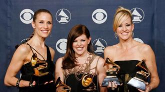 Kiwi band The Chicks to now share name with The Dixie Chicks