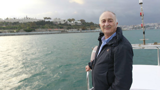 Sir Tony Robinson returns to TV in new travel show