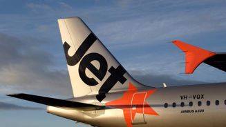 Air fare wars: Jetstar unveils tens of thousands of cheap domestic flights