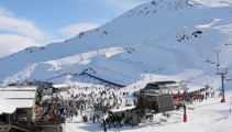 South Island ski-fields at capacity as thousands hit the slopes