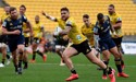 Hurricanes find form, take down Highlanders