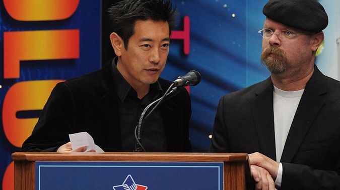Grant Imahara with Mythbusters host Jamie Hyneman. (Photo / Getty)
