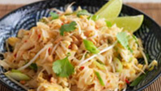 Nici Wickes: Famous Homemade Pad Thai