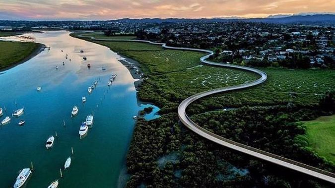 A coastal pathway for walkers, runners and cyclists connecting the Manukau and Waitemata harbours is being supported by the Government's $3b Covid-19 recovery infrastructure fund. Photo / Supplied