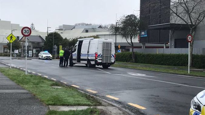 The bomb disposal unit has arrived at the scene. Photo / Belinda Feek