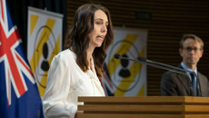 Jacinda Ardern and Ashley Bloomfield update on community transmission, new cases