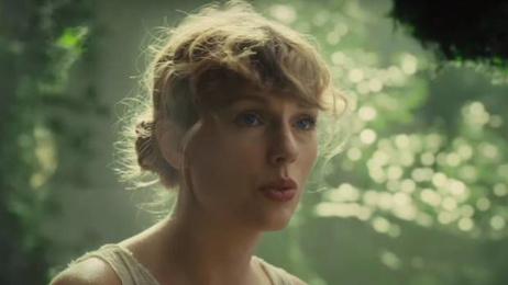 Music review with Estelle Clifford: Taylor Swift's Folklore