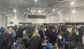 Crowds swarm to Auckland Airport domestic terminal. Photo / Supplied