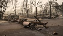 Wildfires destroying American states on west coast
