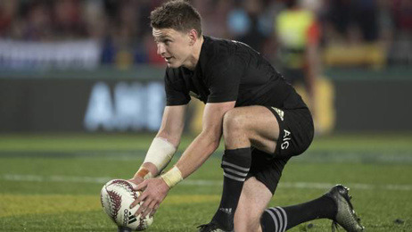 Beauden Barrett taking wait and see approach to AB's availability