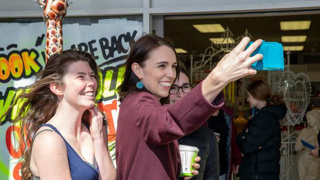 Kate Hawkesby: Why isn't the PM social distancing?