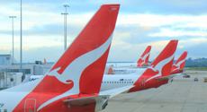 Qantas seven-hour flight to nowhere sells out in 10 minutes