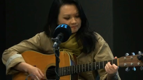 Bic Runga on her upcoming tour, performs live in studio