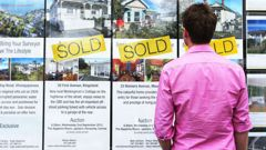 Records have been broken in the mortgage market, with the lowest home loan rate in New Zealand history. (Photo / File)