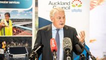 'Dismay amongst Kiwis': Crisis meeting called over America's Cup stand-off