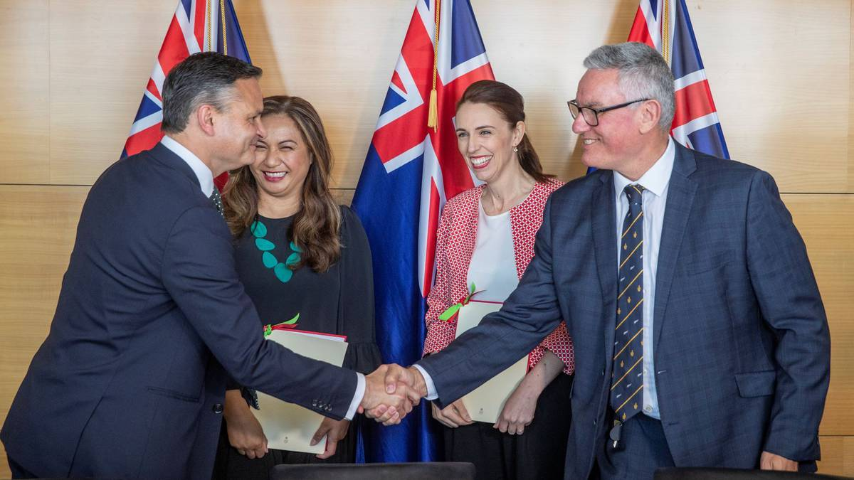 New Zealand PM Ardern to announce government on November 2