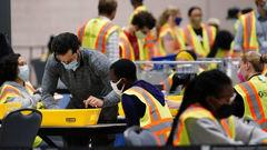 Vote counting in Philadelphia. (Photo / AP)