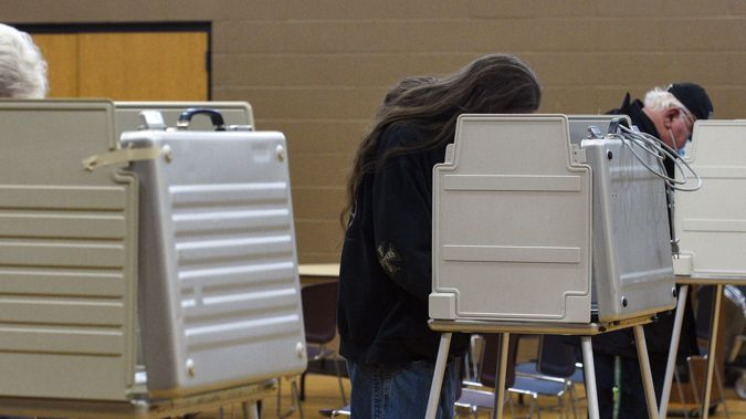 voters cast their ballots on Election Day at First Lutheran Church in Sioux Falls, South Dakota. (Photo / AP)