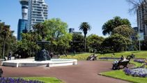 Man's desperate 40-minute CPR after finding motionless body in Auckland park