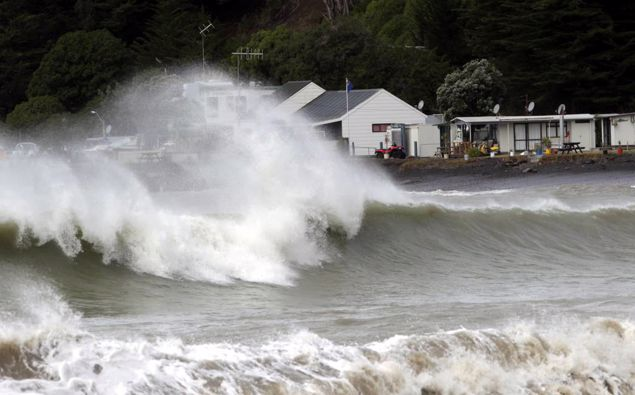About 450,000 homes that currently sit within a kilometre of the coast are likely to be hit be a combination of sea level rise and more frequent and intense storms. Photo / Paul Taylor