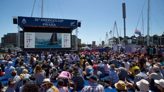 Martin Devlin: Aucklanders show the America's Cup is still NZ's cup!