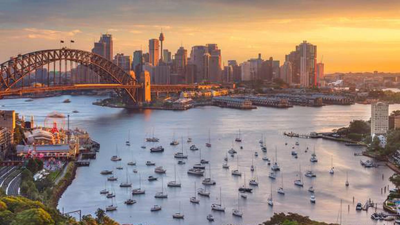 Australian state borders slam shut on Sydney as COVID-19 cluster grows