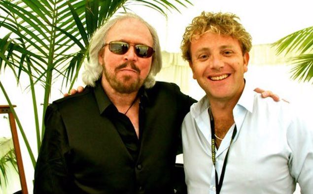 Sir Barry Gibb with Tim Roxborogh at the Mission Estate in 2013. (Photo / Supplied)