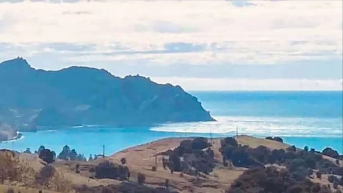 Gina Pewhairangi took this photo of surges arriving in Tokomaru Bay on the East Cape following a series of earthquakes.