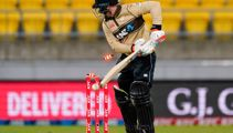 Cricket: Grim night for Black Caps and White Ferns