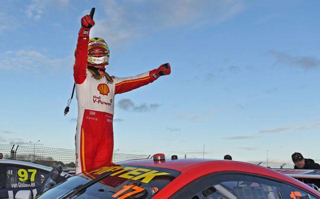 Kiwi Scott McLaughlin wins at a previous Pukekohe Supercars event. (Photo / Photosport)