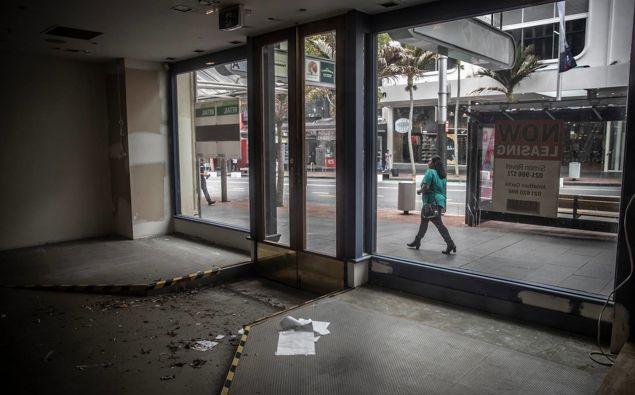 Vacant retail premises on Auckland's Queen St. (Photo / Michael Craig)