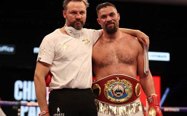 Joseph Parker celebrates his win over Derek Chisora. Mark Robinson Matchroom Boxing.