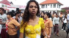 American Heather Mack with the other inmates on Indonesia's Independence Day inside Kerobokan jail in Bali. (Photo / News Corp Australia)
