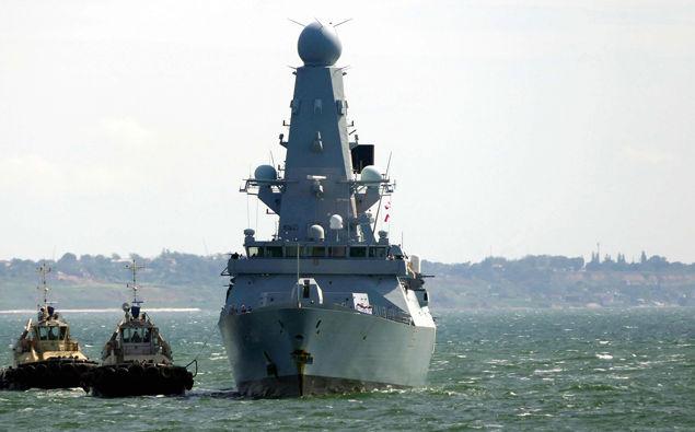 HMS Defender. (Photo / CNN)
