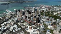 Police shocked after unprovoked assault with hammer in Auckland city