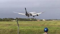 Watch: Air NZ's 'pretty dramatic' aborted landing in Rarotonga, Cook Islands