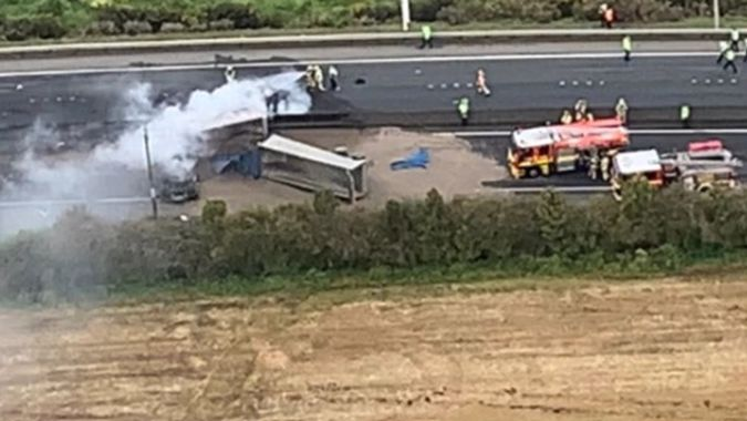 One dead in fiery truck crash, SH1 closed at Bombay Hills