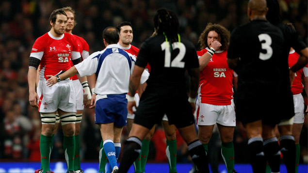 VIDEO: All Blacks v Wales Haka and Staredown (2008)